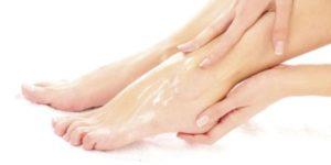 Причины сухой кожи на ногах