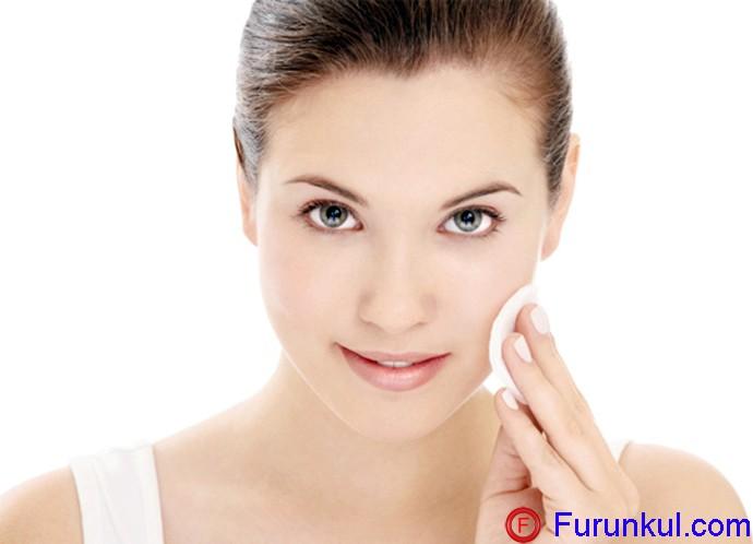 Как лечить фурункул на щеке